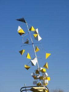 Yellow sculpture in Franconia Sculpture Garden